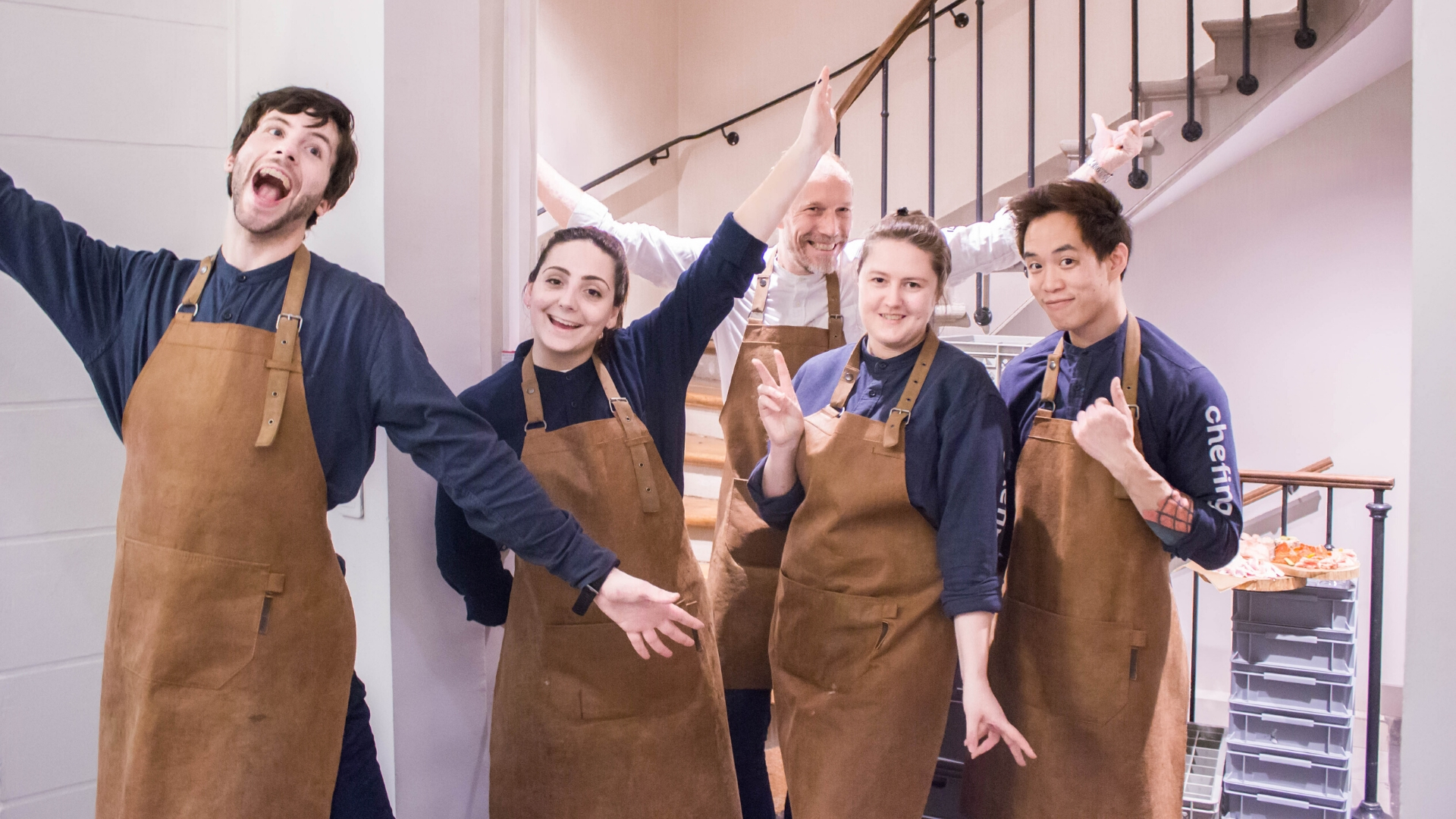 Staff chefing sur événement en office