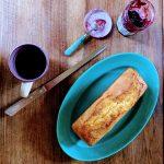 gâteau au yaourt maison et confiture