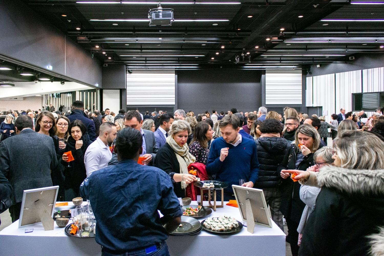 cocktail déjeunatoire à une journée conférence pour les voeux de fin d'année